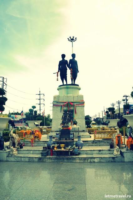 Монумент Героиням
